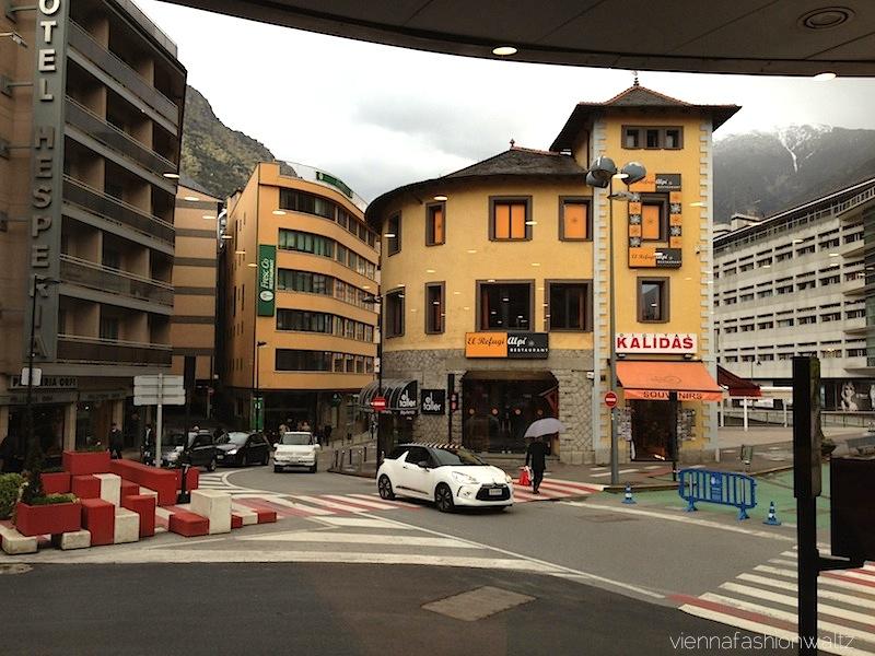10 Shopping Andorra