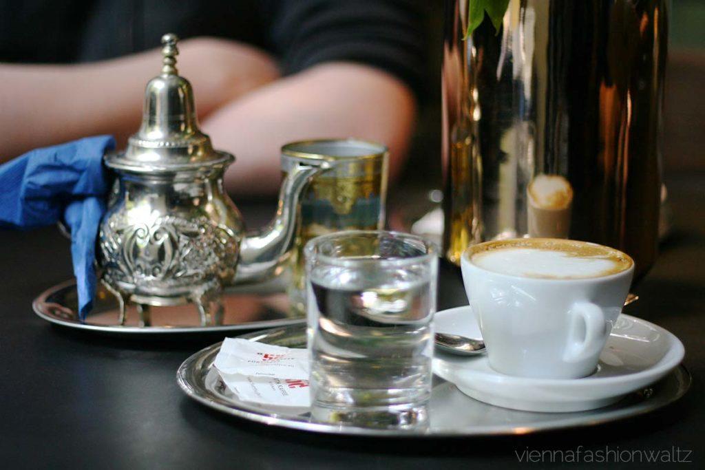 Frühstück im Cafe Ansari, www.viennafashionwaltz.com