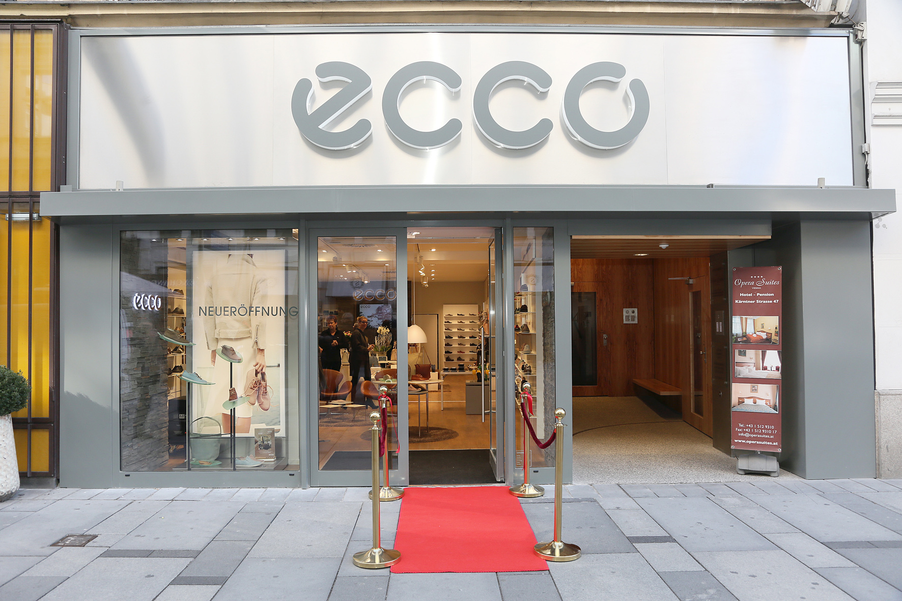 Ecco clothing store