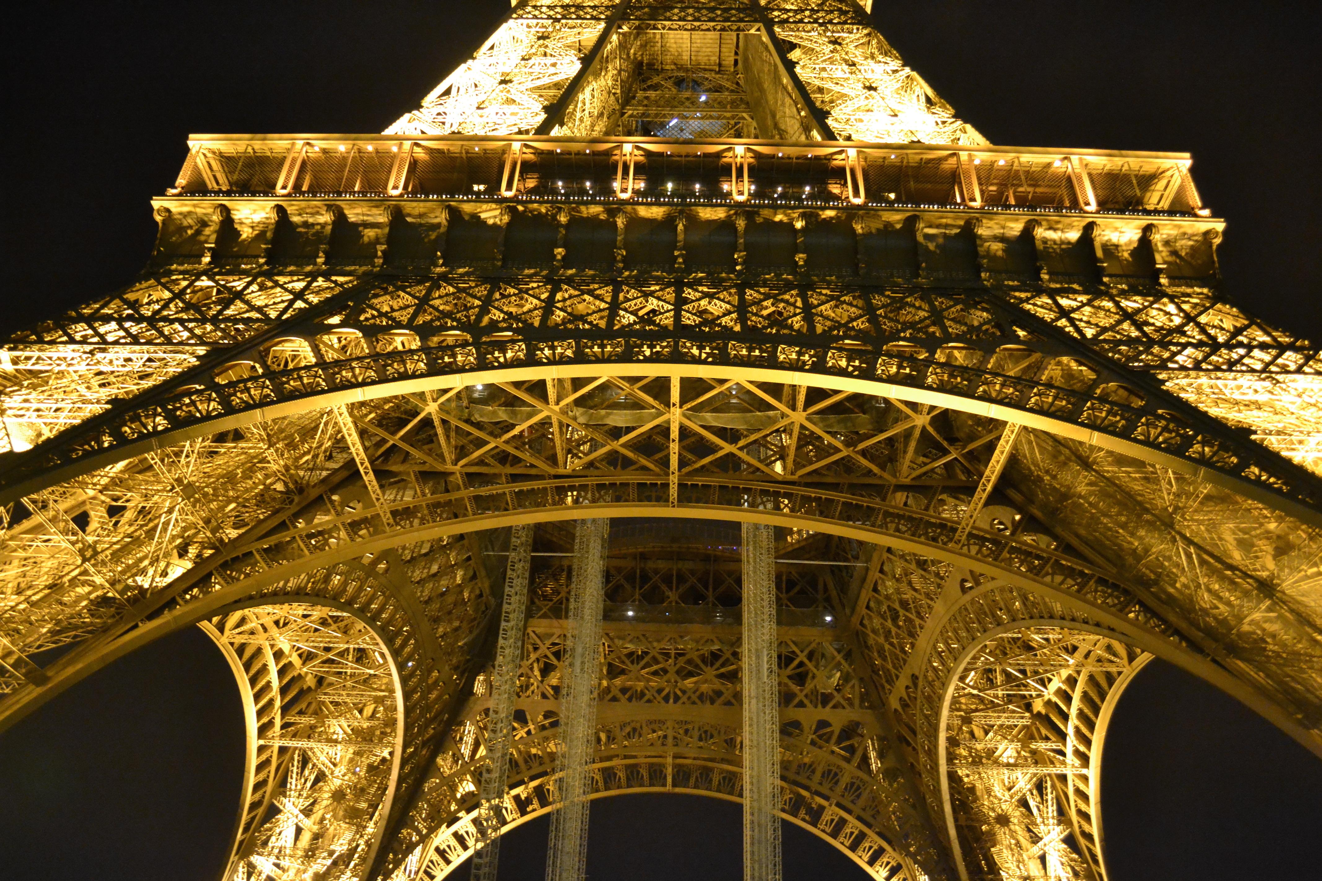 Vienna Fashion Waltz Lifestyle-Fashionblog-Wien Paris Eiffelturm La Tour Eiffel Fotografie Photography Fotokunst