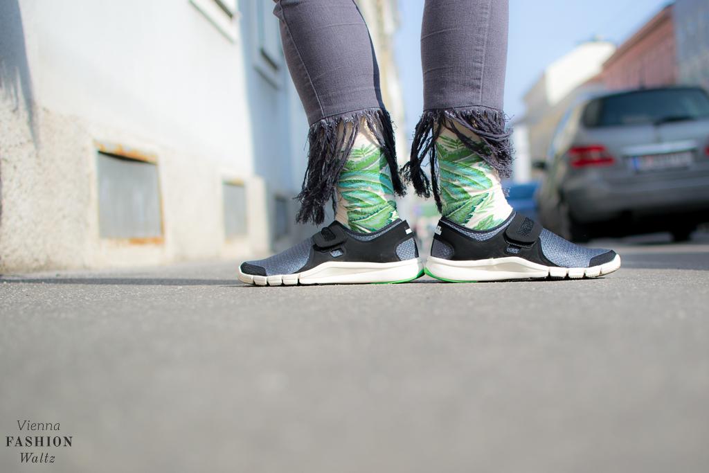 DIY Denim, Sneaker Denim Fashionblog www.ViennaFashionWaltz.com Wien Österreich Austria (25 von 26)