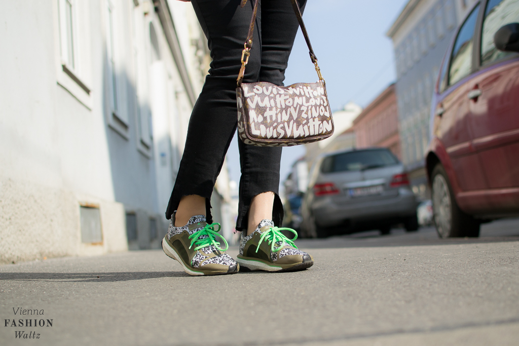 Sneaker Denim Fashionblog www.ViennaFashionWaltz.com Wien Österreich Austria (7 von 29)