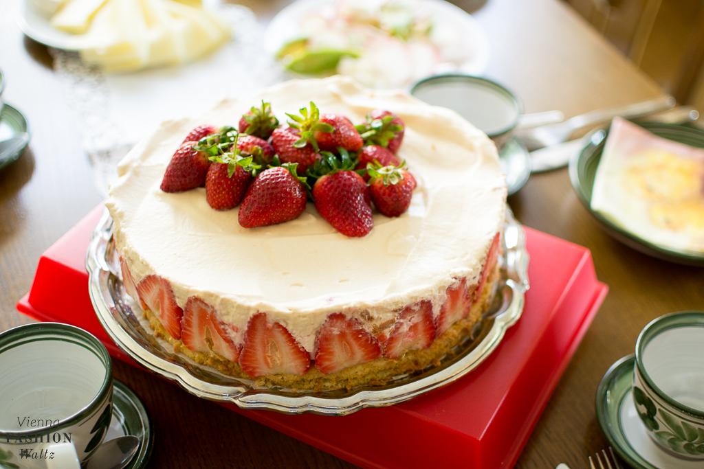 Erdbeer-Karamel-Torte Food Blog www.ViennaFashionWaltz.com-3