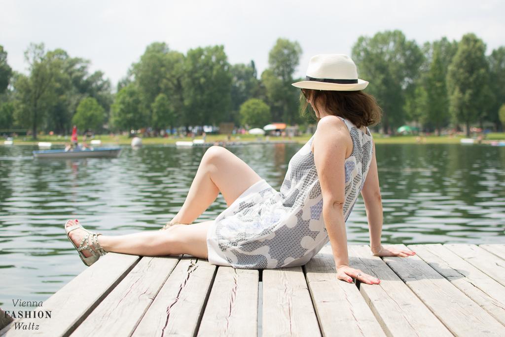 Sommer an der Alten Donau Wien Österreich www.viennafashionwaltz.com White Summer Dress Mango (18 von 32)