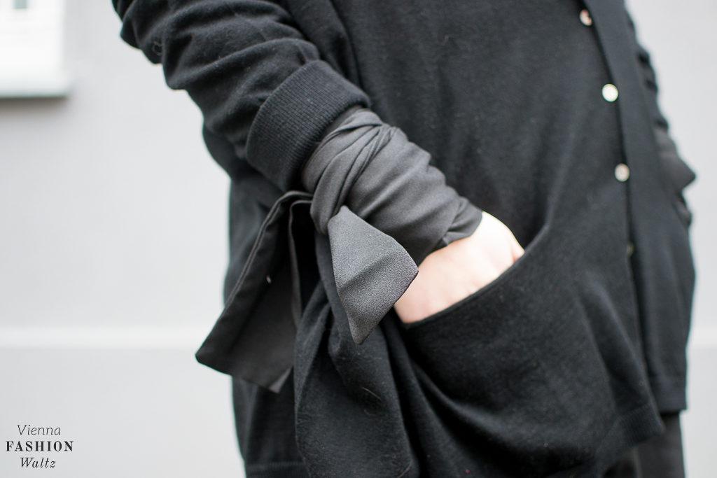 All Black: Little Black Oversized Dress, fashion-food-lifestyle-blog-wien-austria-oesterreich-www-viennafashionwaltz-com-all-black-outfit-look-black-dress-24-von-50