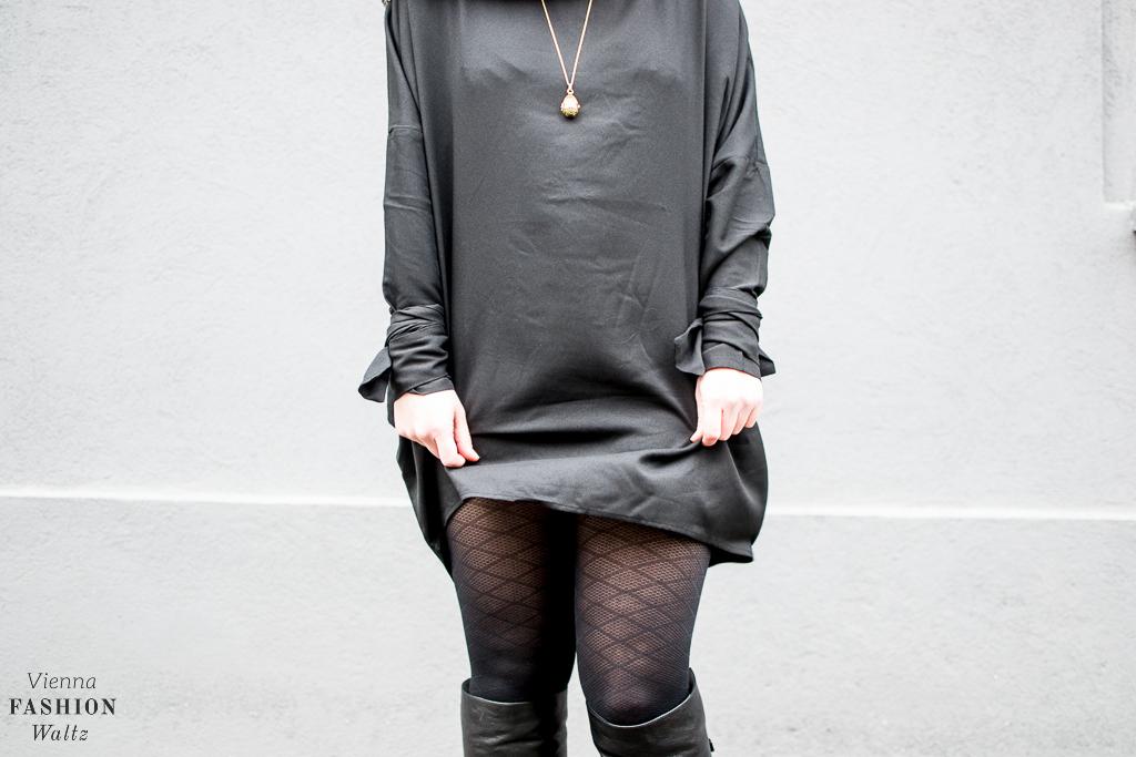 fashion-food-lifestyle-blog-wien-austria-oesterreich-www-viennafashionwaltz-com-all-black-outfit-look-black-dress-34-von-50