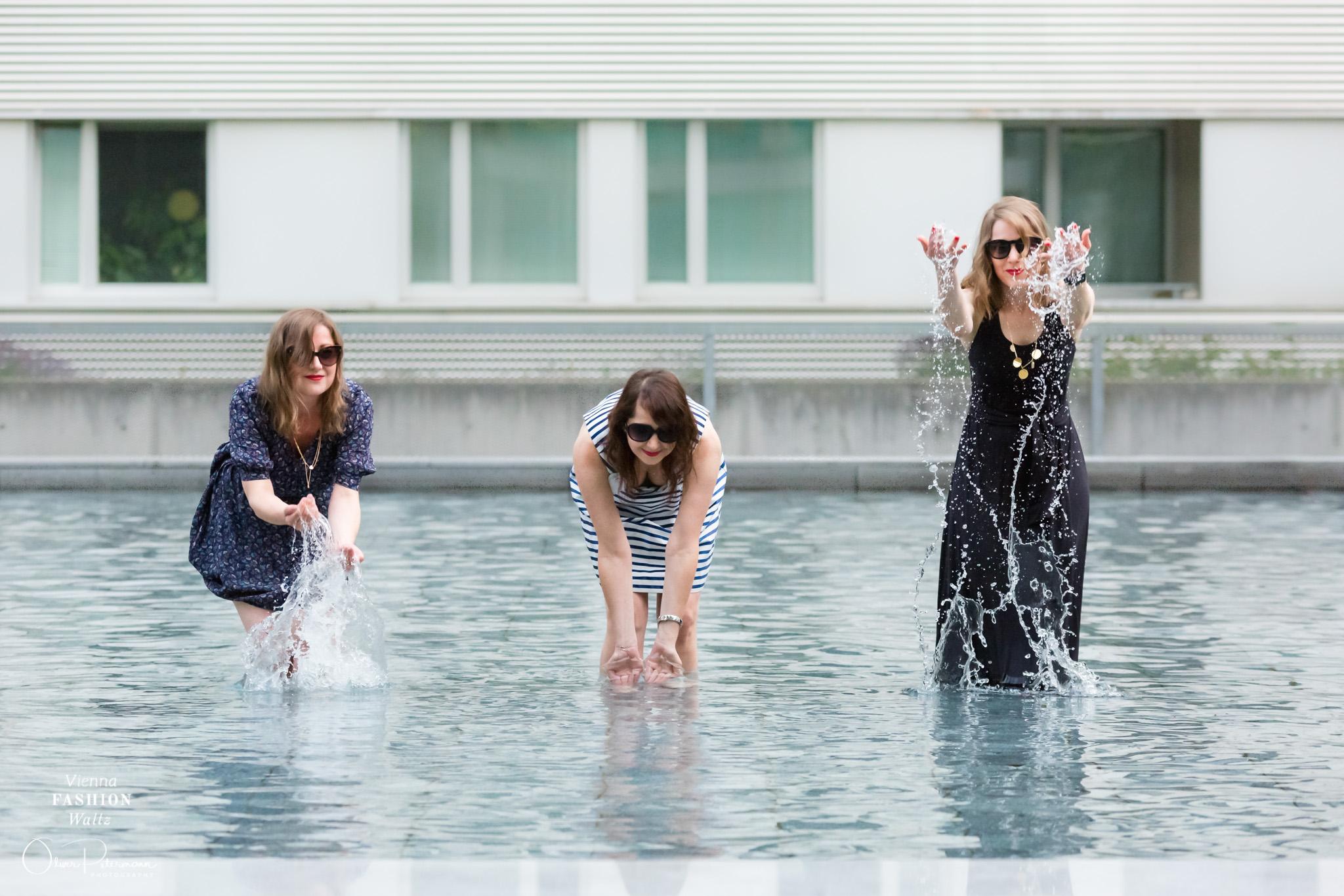 French Girl Style, www.viennafashionwaltz.com