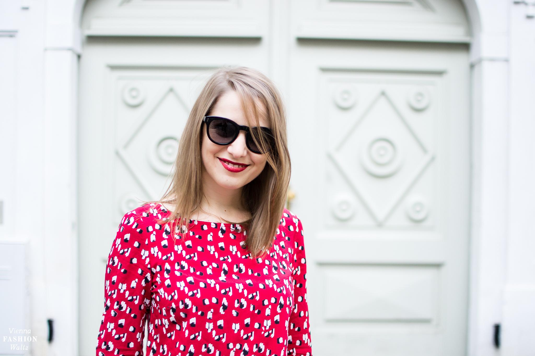Fashion-, Beauty- und Lifestyleblog Vienna Fashion Waltz Must-Have in diesem Herbst Trendfarbe Rot (19)