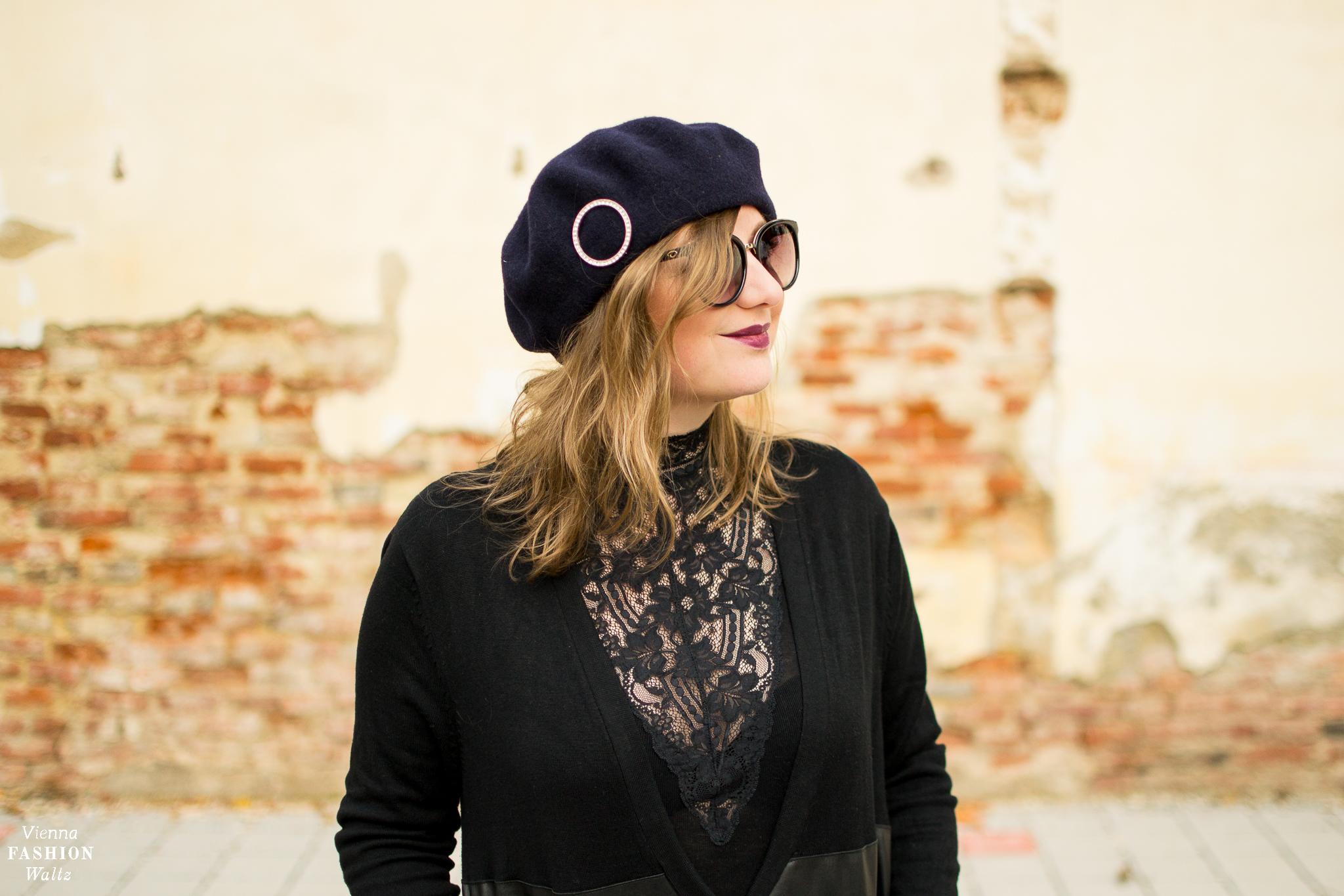 Fashion Trend: Winter Florals   Vintage Shirt mit spitze, Vintage Barett, Hose H&M, Weste Zara
