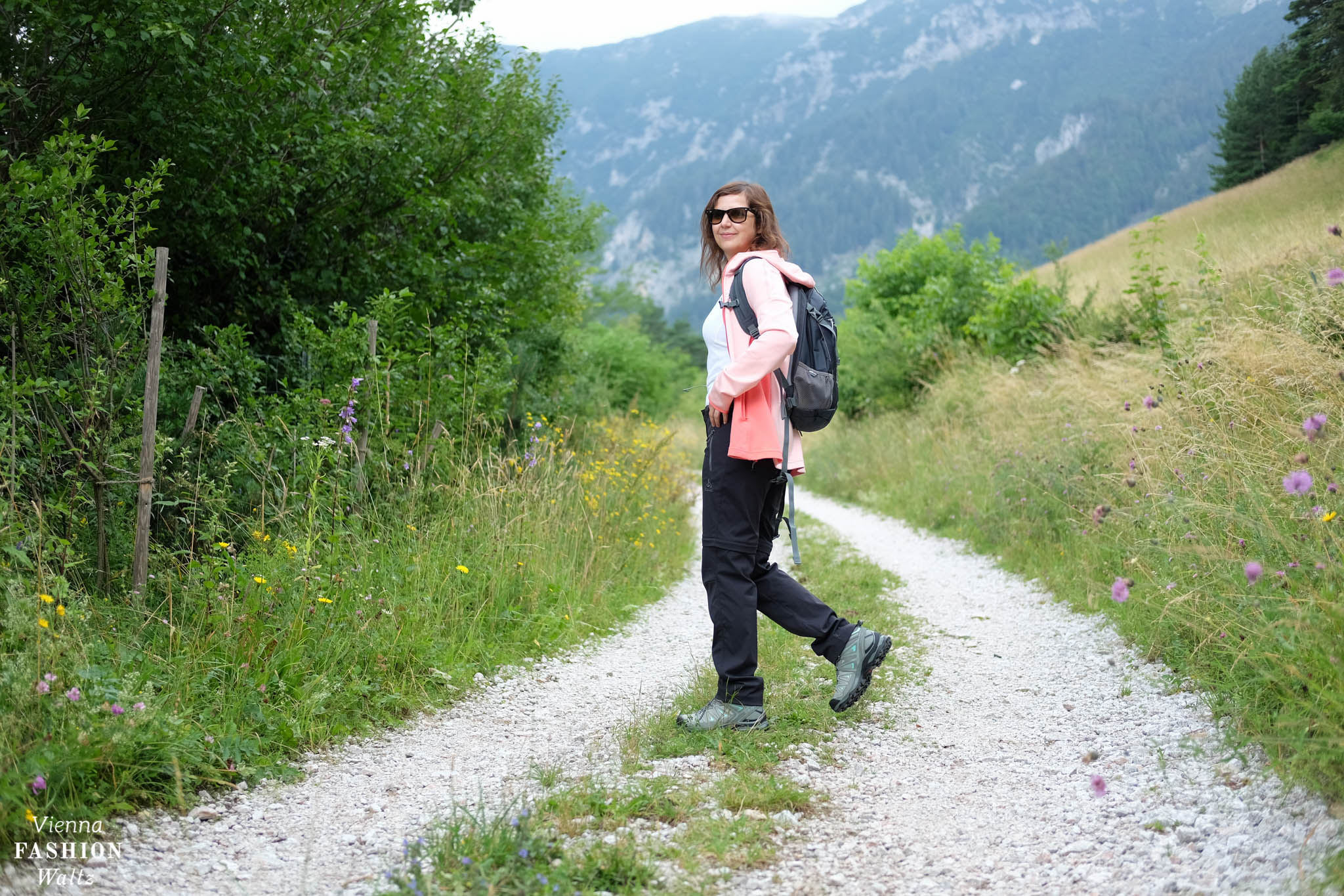 Wanderung Wanderausrüstung Odlo Jack Wolfskin Salomon Vienna Fashion Waltz