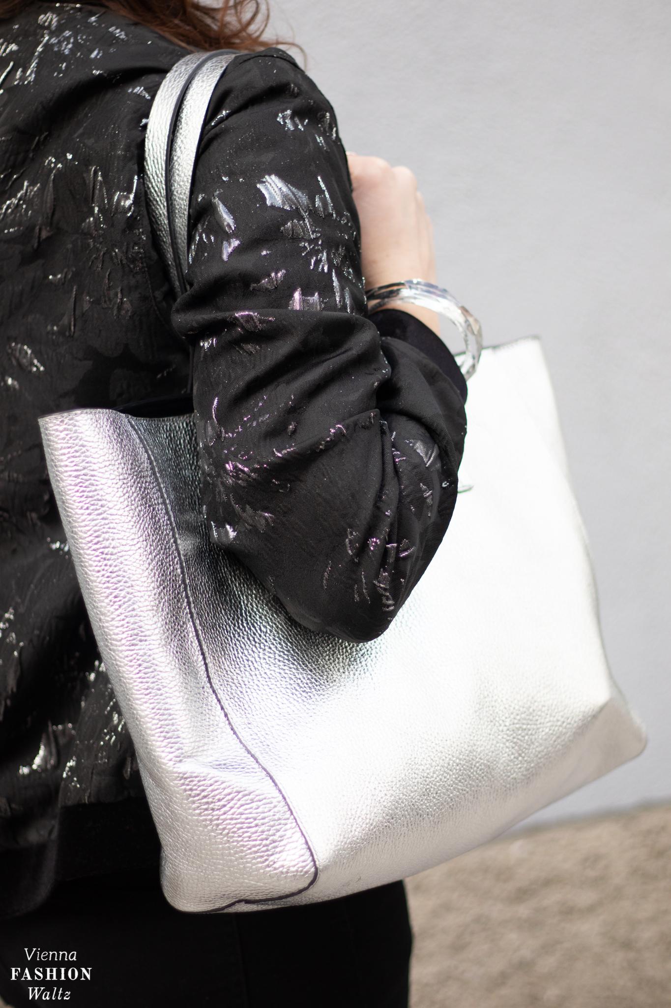 Escada Tasch in silber Blog Investment Tasche Closed