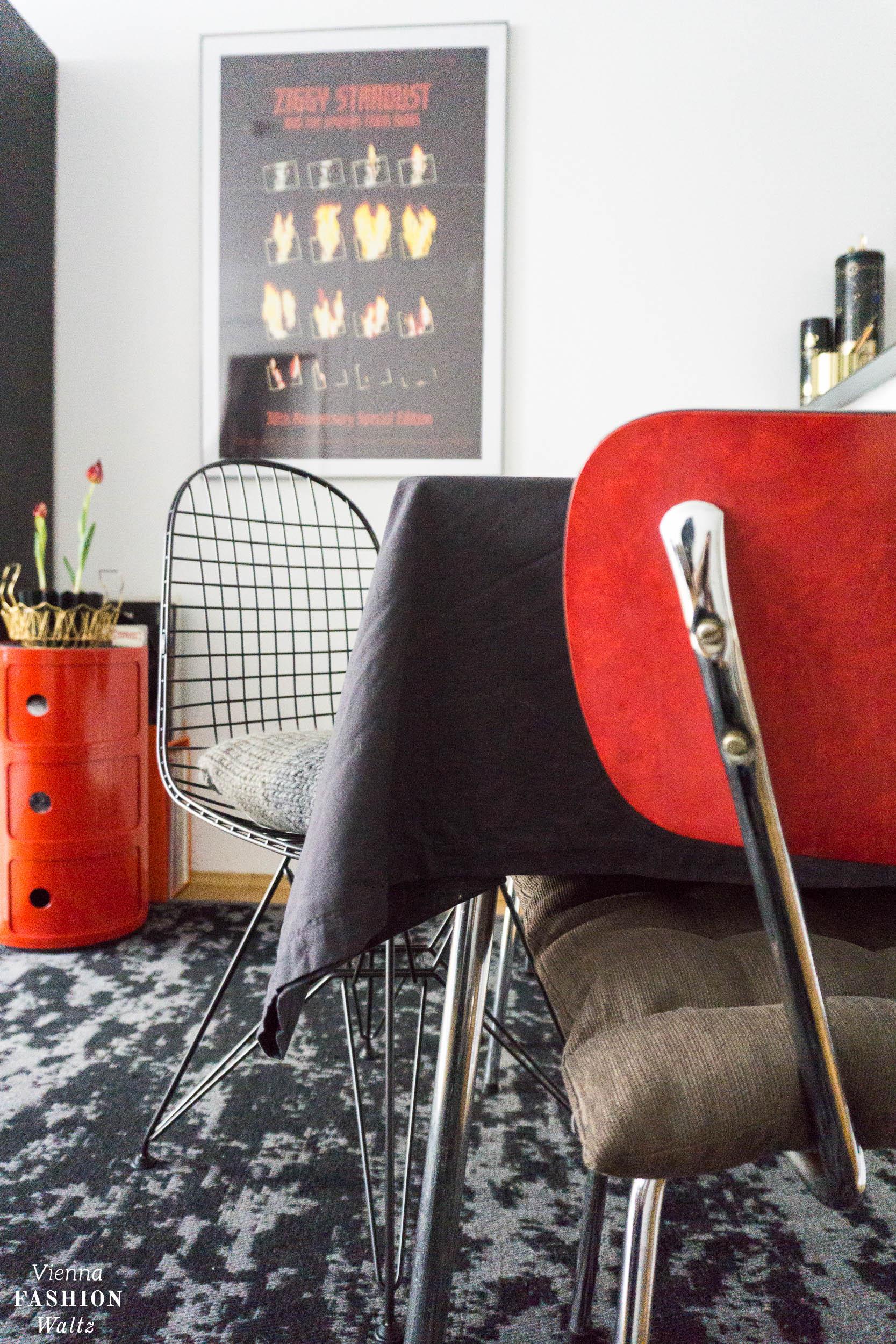 Eames Designklassiker fürs rote Vintage Esszimmer, Vitra Wire Chair, rot, Wohnideen,