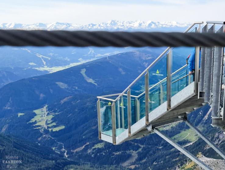 Berühmte Treppen in Österreich-Dachstein-Treppe ins Nichts
